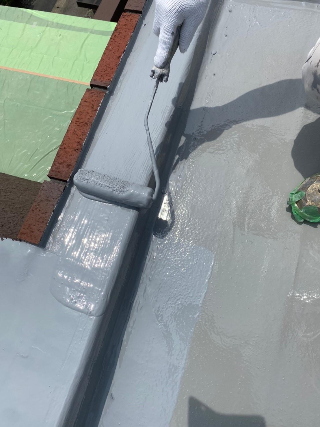立上り部 ウレタン防水材2回目